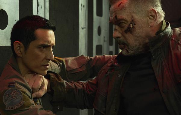 杀出黎明火爆开战 卡梅隆科幻动作经典新篇《终结者:黑暗命运》确认引进