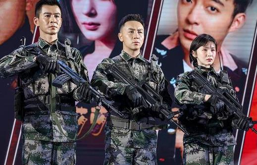 释小龙首次出演军人角色 军装造型尽显凛然正气